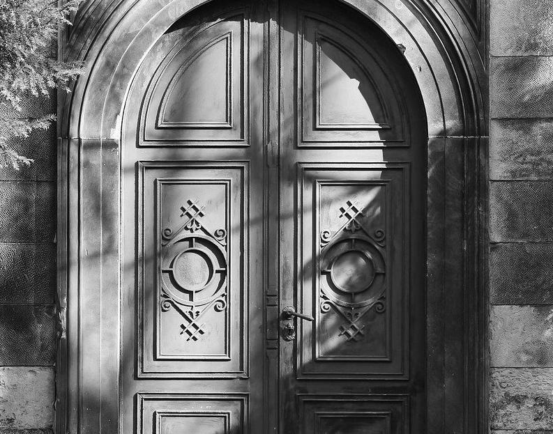 Porte d'Entrée Blindée à Bollène pour maison