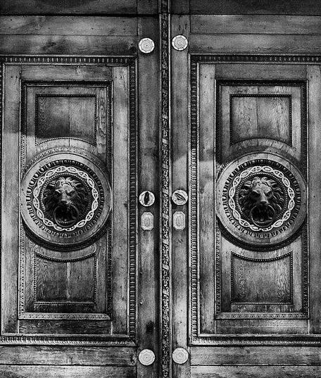 Porte d'Entrée Blindée à Soyaux pour maison