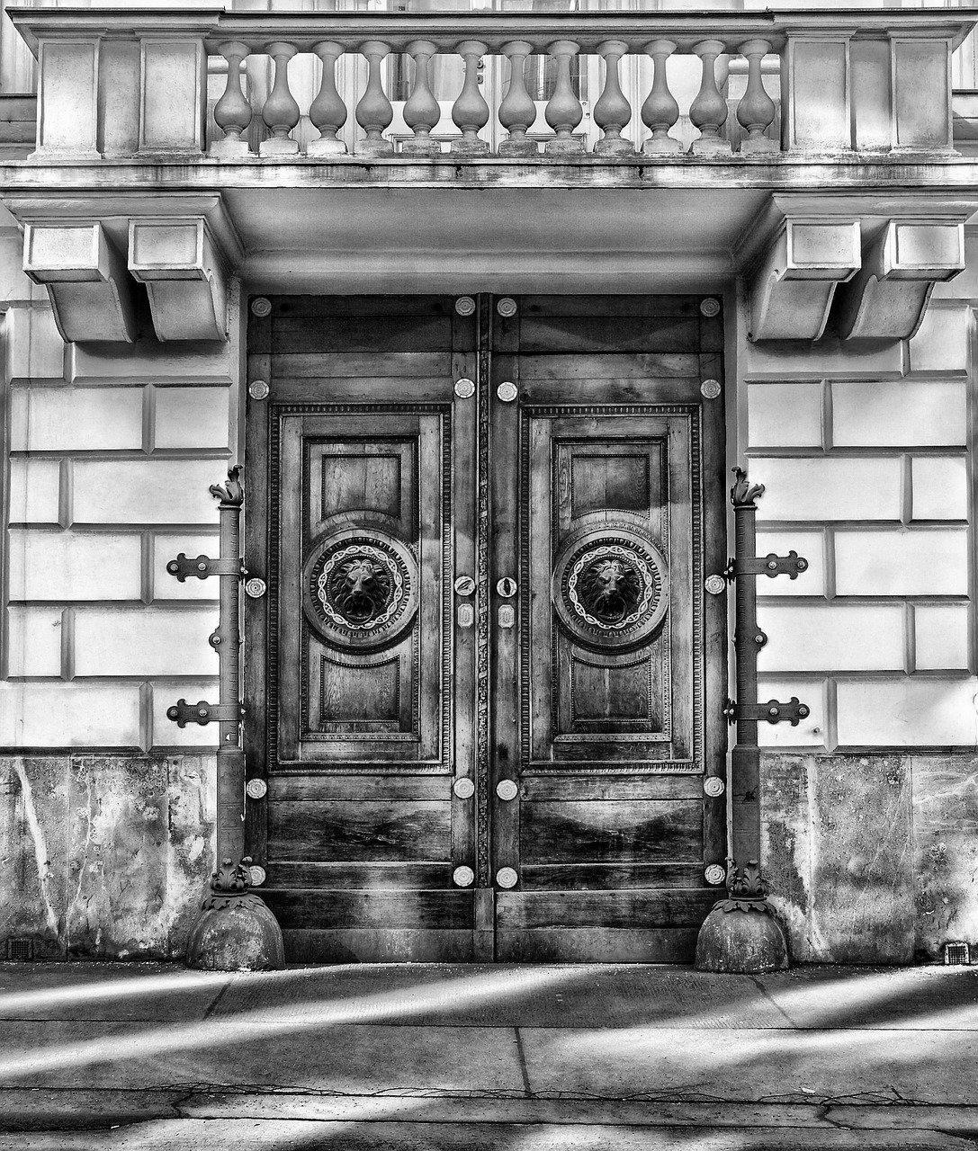 Porte d'Entrée Blindée à Valbonne pour maison